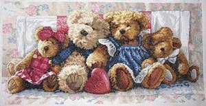 Изображение Мишки в ряд (A Row of Love)