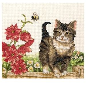 Изображение Котенок с цветком (Cat with flowers)