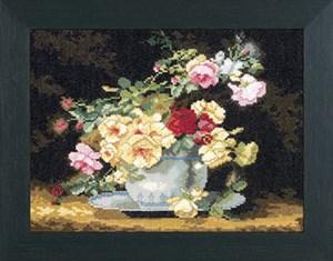 Изображение Розы в фарфоровой чаше