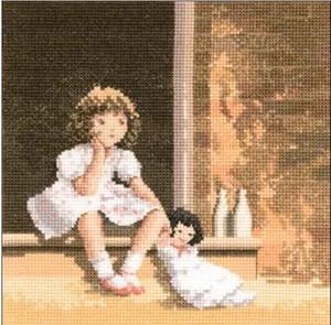 Изображение Девочка с куклой