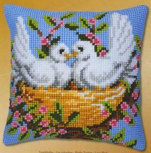 Изображение Влюбленные птицы (подушка)