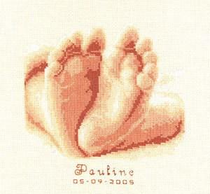 Изображение 10 маленьких пальчиков Метрика (10 tiny toes)