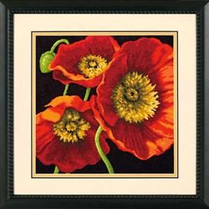 Изображение Трио красных маков (подушка) (Red Poppy Trio Pillow)