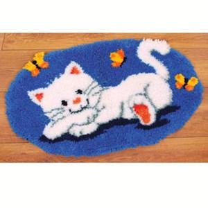 Изображение Белый котенок (коврик)