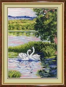Изображение Лебеди на пруду