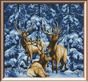 Изображение В зимнем лесу