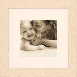 Изображение Детские объятия (Cuddling Baby)