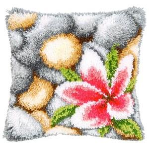 Изображение Розовый цветок на камнях (коврик)