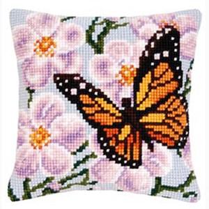 Изображение Бабочка и сиреневые цветы (подушка)
