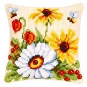 Изображение Цветы и пчелы (подушка)