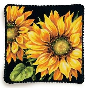 Изображение Драматический подсолнух (подушка) (Dramatic Sunflower)