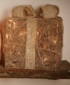 Изображение Декор Подарок в стиле кантри золото средний