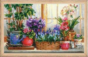 Изображение Подоконник с цветами