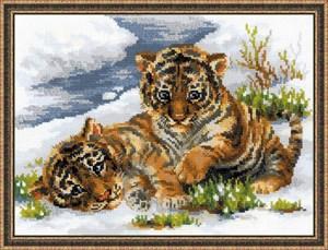 Изображение Тигрята в снегу