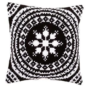 Изображение Чёрно-белый орнамент 2 (подушка) (Black and White Cushion)
