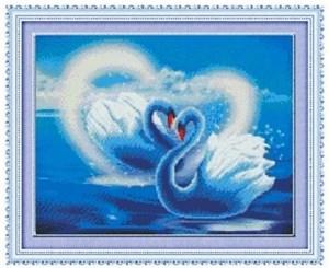Изображение Влюблённые лебеди