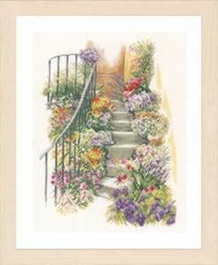 Изображение Цветочная лестница (Flower Stairs)