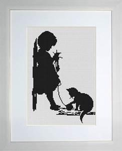Изображение Девочка с кошечкой