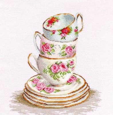 Изображение Три чайные чашки
