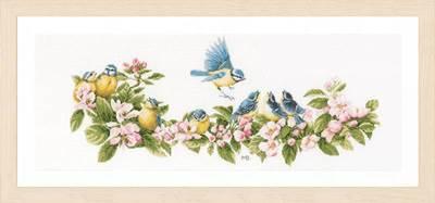 Изображение Синицы и цветы (Blue tits and blossoms)