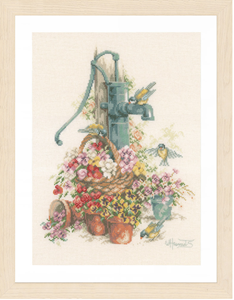 Изображение Колонка в цветах (Water Pump and Birds)