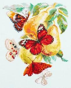 Изображение Бабочки на груше