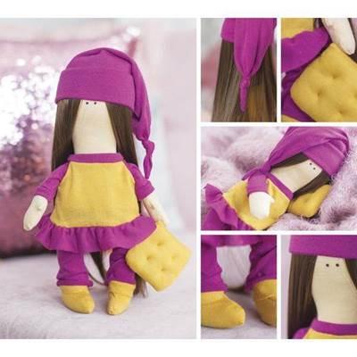 Изображение Мягкая кукла Сьюзен