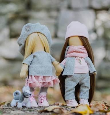Изображение Мягкие куклы Подружки Вики и Ники- на прогулку