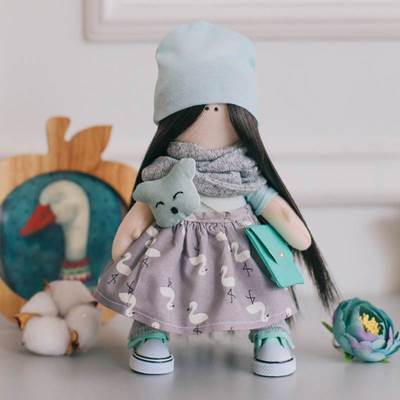 Изображение Мягкая кукла Лина