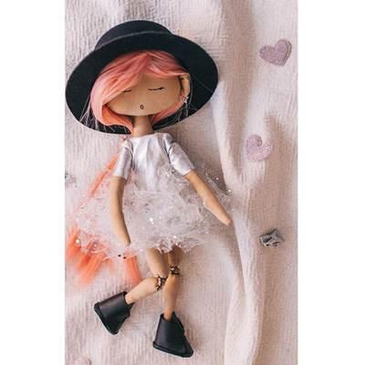 Изображение Мягкая кукла Анжелика