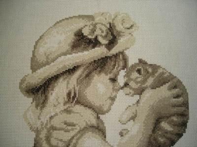 Изображение Девочка и котенок