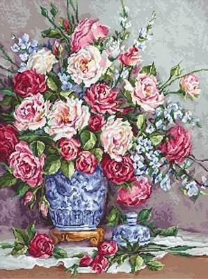 Изображение Её величество-розы